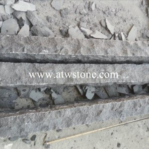 G684 Granite Kerbs